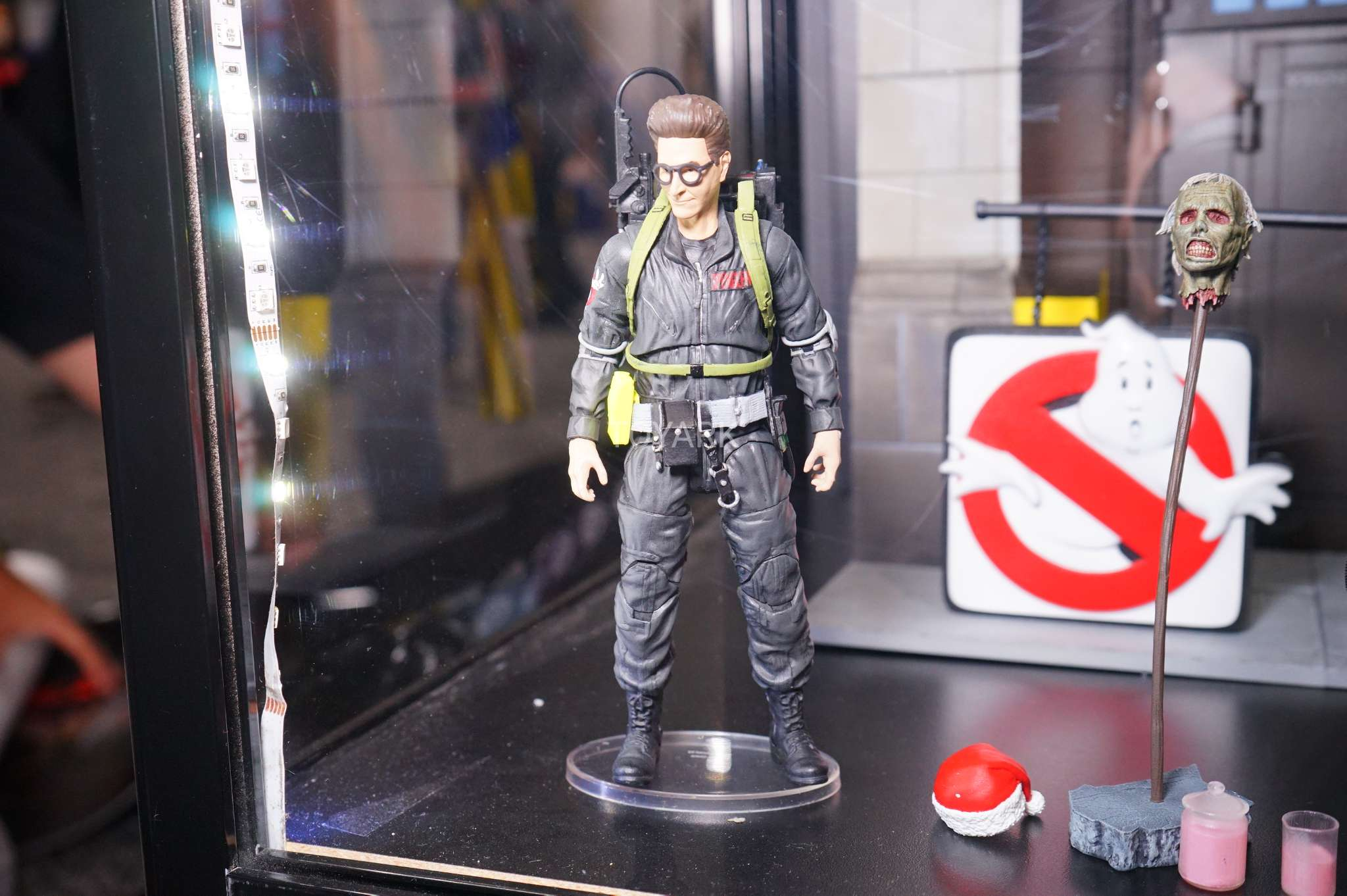 SDCC-2017-DST-Ghostbusters-006[1]